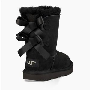 UGG BAILEY BOW II BOOTS TODDLER SZ 12 *WORN ONCE*